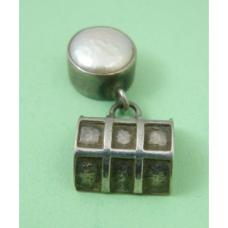 Pre Owned Waffle Coin Pearl Sterling Silver Pendant Slide