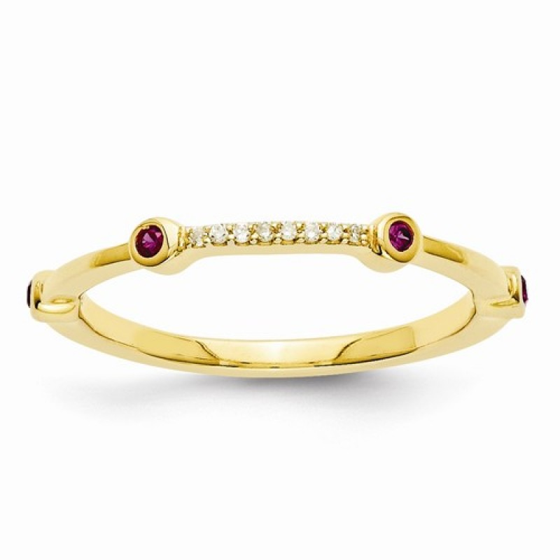 14k gold ring with ruby and diamonds