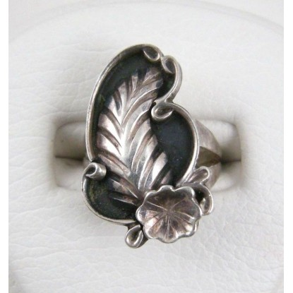 Reeves Navajo Sterling Silver Feather Pinky Ring